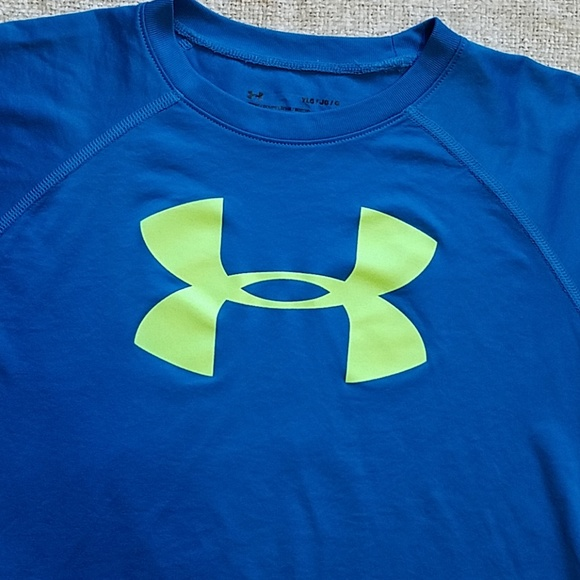 Under Armour Other - Under Armour Blue Boy's Large